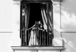villa rota sposi balcone